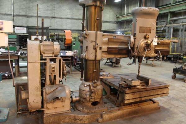"Lot 20 - American 4' Arm on 11"" Column Radial Drill Press 