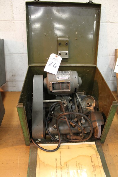 Lot 26 - Dumore Tool Post Grinder, M# 7 | Location: PM3 2nd Floor Machine Shop