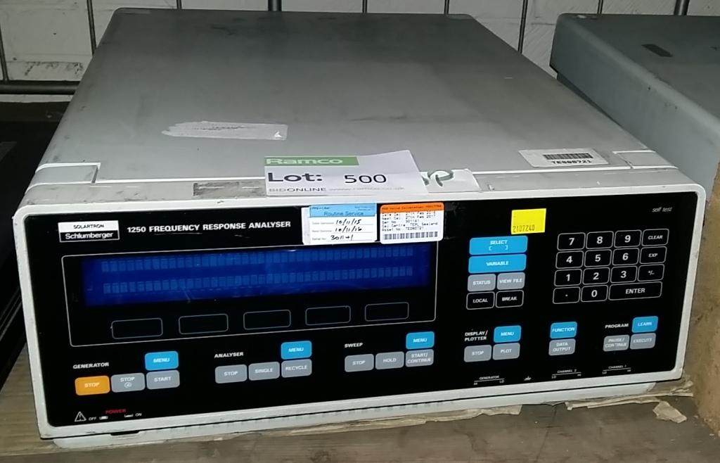 Frequency Response Analyzer : Solartron si frequency response analyzer