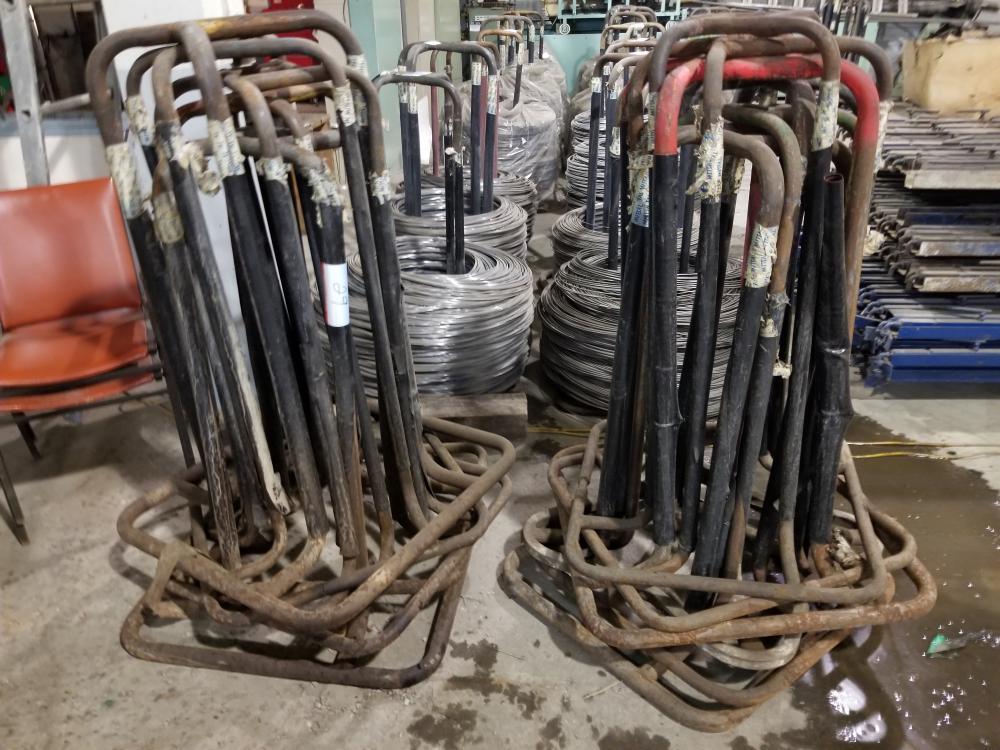 Wire assembly of various sizes and support set for rollers / Ensemble de fil de fer de grosseurs - Image 3 of 3