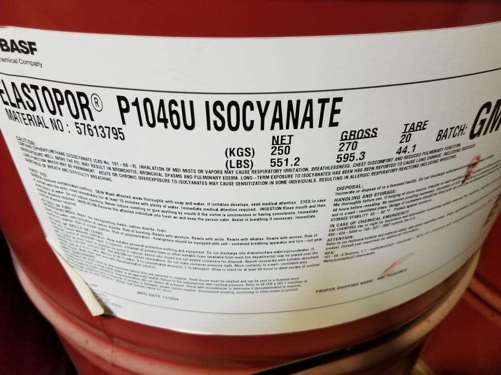 Ribs and 5 barrels of isocyanate / Tôtes et 5 barils d'isocyanate - Image 3 of 3