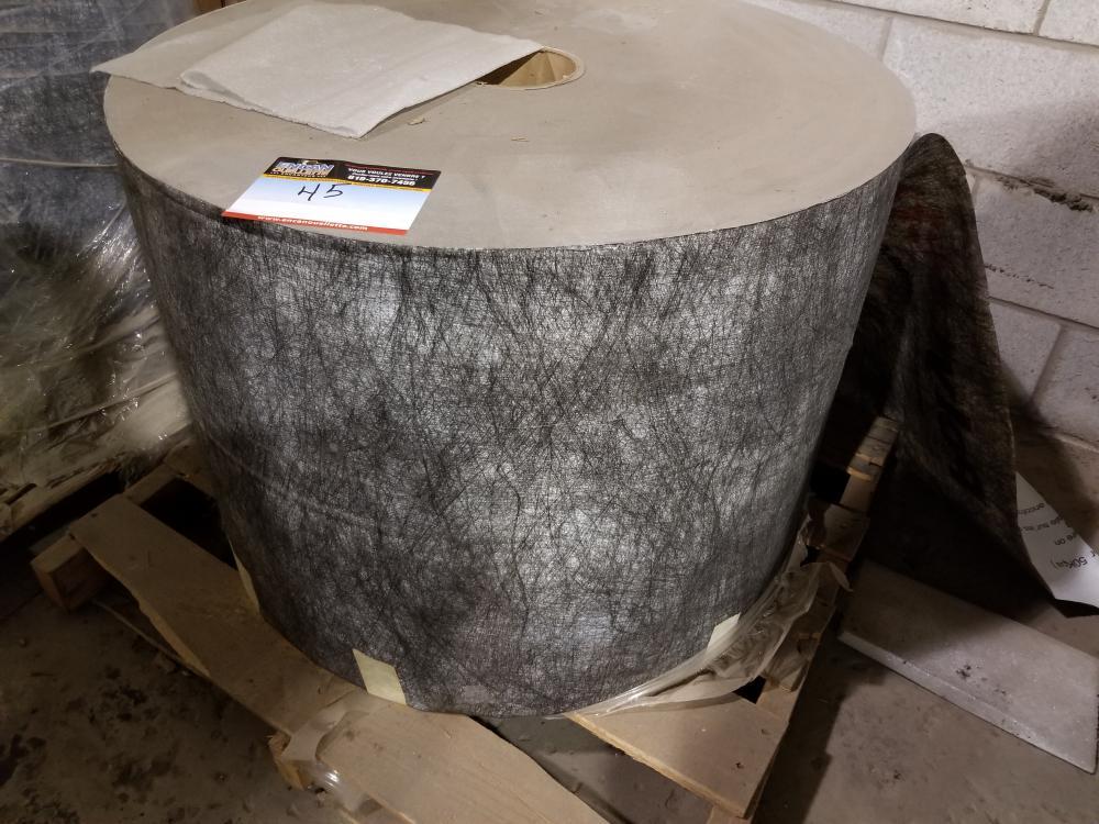 """Roll of fibre paper 22"""" wide, 5000 ft / Rouleau de papier fibré 22 po de large, 5000 pi"""