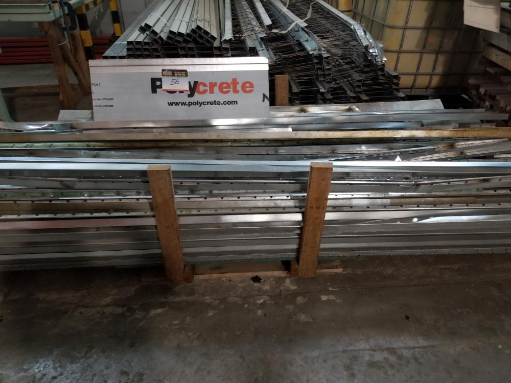 Set of supports of various widths for panels / Lot de supports de largueurs variées pour panneau - Image 2 of 2