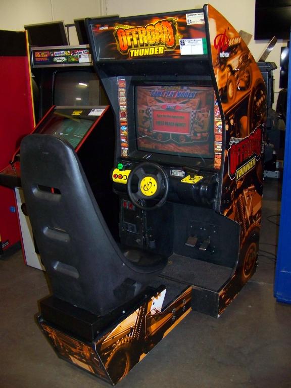Lot 257 - OFFROAD THUNDER RACING ARCADE GAME