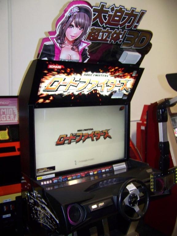 Lot 249 - ROAD FIGHTERS KONAMI 3D DELUXE RACING ARCADE GAME