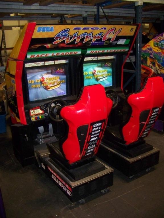 Lot 244 - SUPER GT TWIN RACING ARCADE GAME SEGA