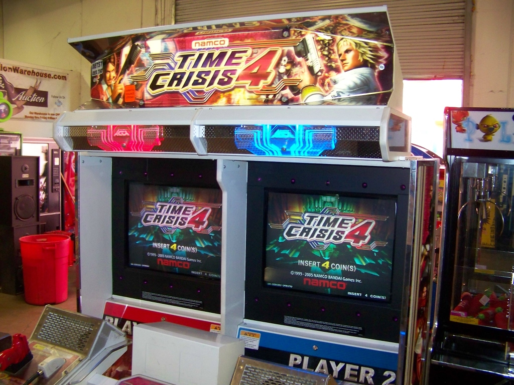 Lot 240 - TIME CRISIS 4 TWIN SHOOTER ARCADE GAME NAMCO