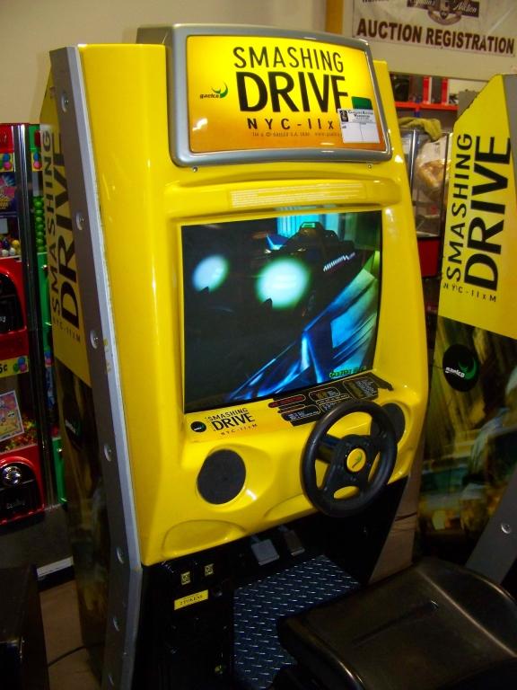 SMASHING DRIVE NYC RACING ARCADE GAME - Image 3 of 5
