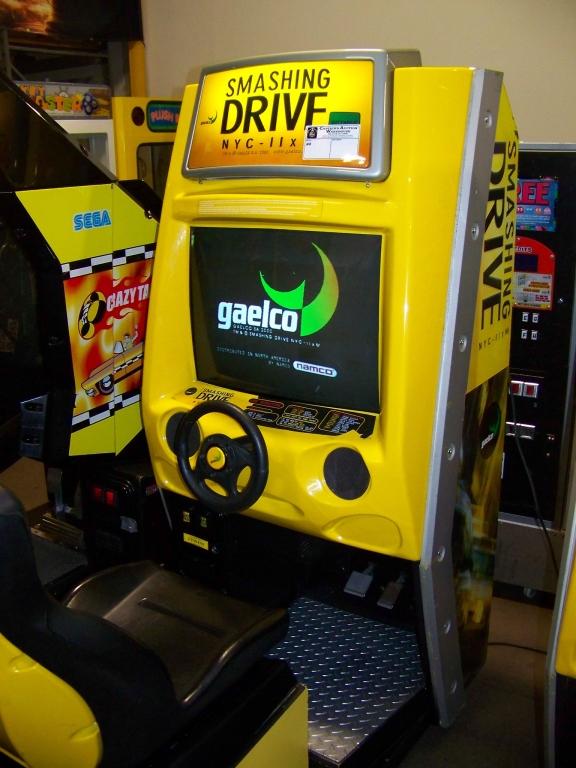 SMASHING DRIVE NYC RACING ARCADE GAME - Image 5 of 5
