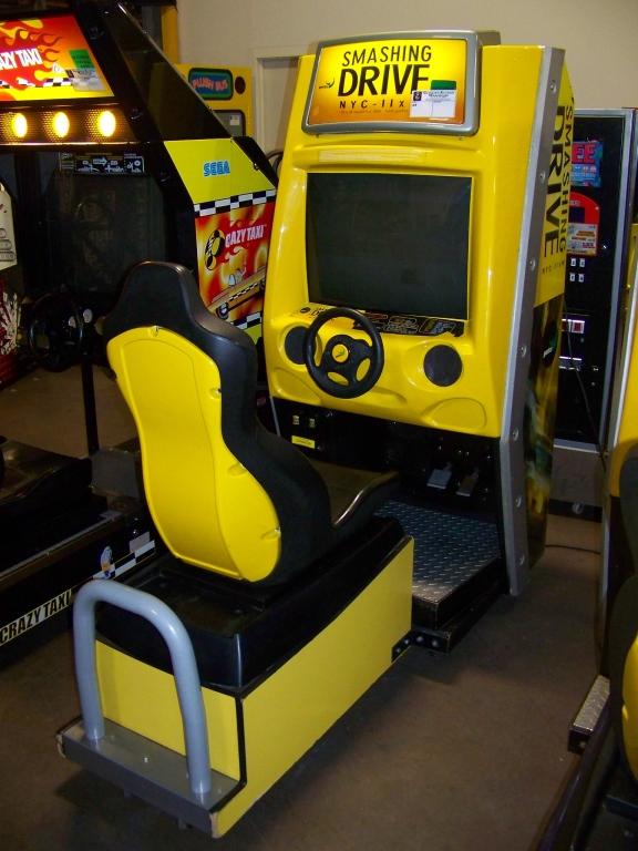 SMASHING DRIVE NYC RACING ARCADE GAME - Image 4 of 5