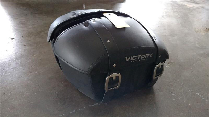 Lot 15 - (2) NEW Victory MC Saddlebags (Set) - VHDA: 7.25% Sales Tax charged - (1 x Bid)