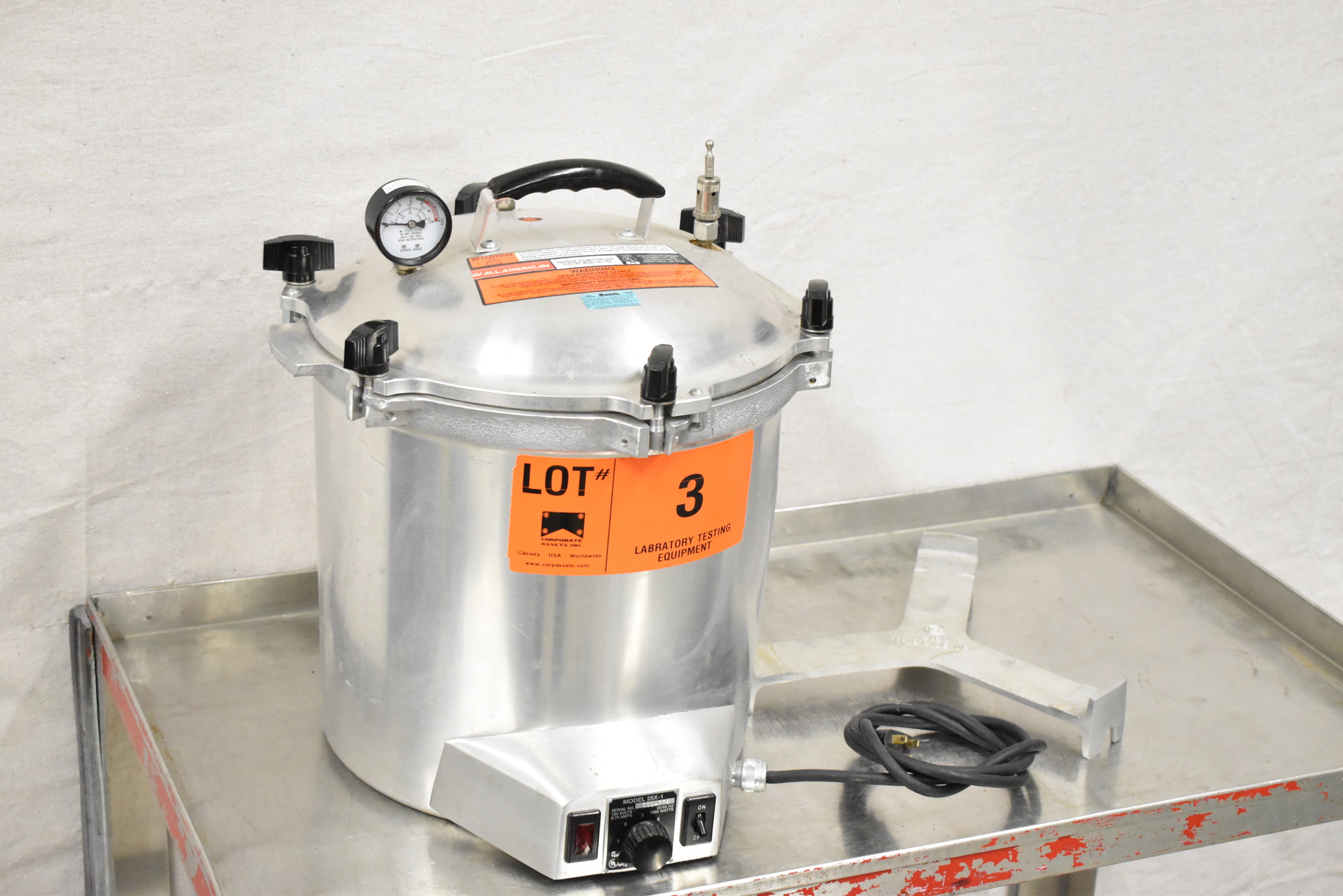 """ALL AMERICAN 25X-1 ELECTRIC PRESSURE STEAM STERILIZER WITH 11.5"""" DIAMETER AND 8"""" ALUMINUM POT, 260 - Image 3 of 4"""