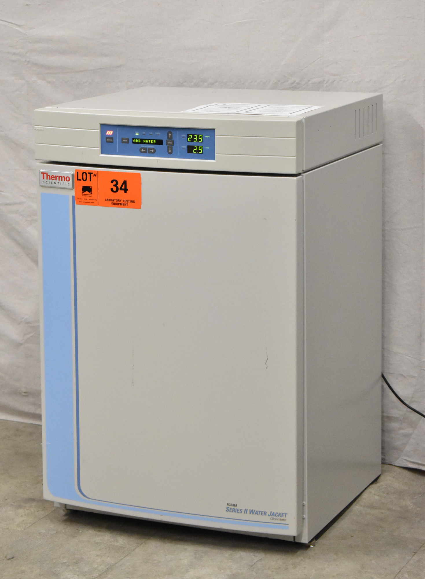 THERMO SCIENTIFIC 3130 FORMA SERIES II WATER JACKET CO2 INCUBATOR WITH DIGITAL MICROPROCESSOR - Image 3 of 8
