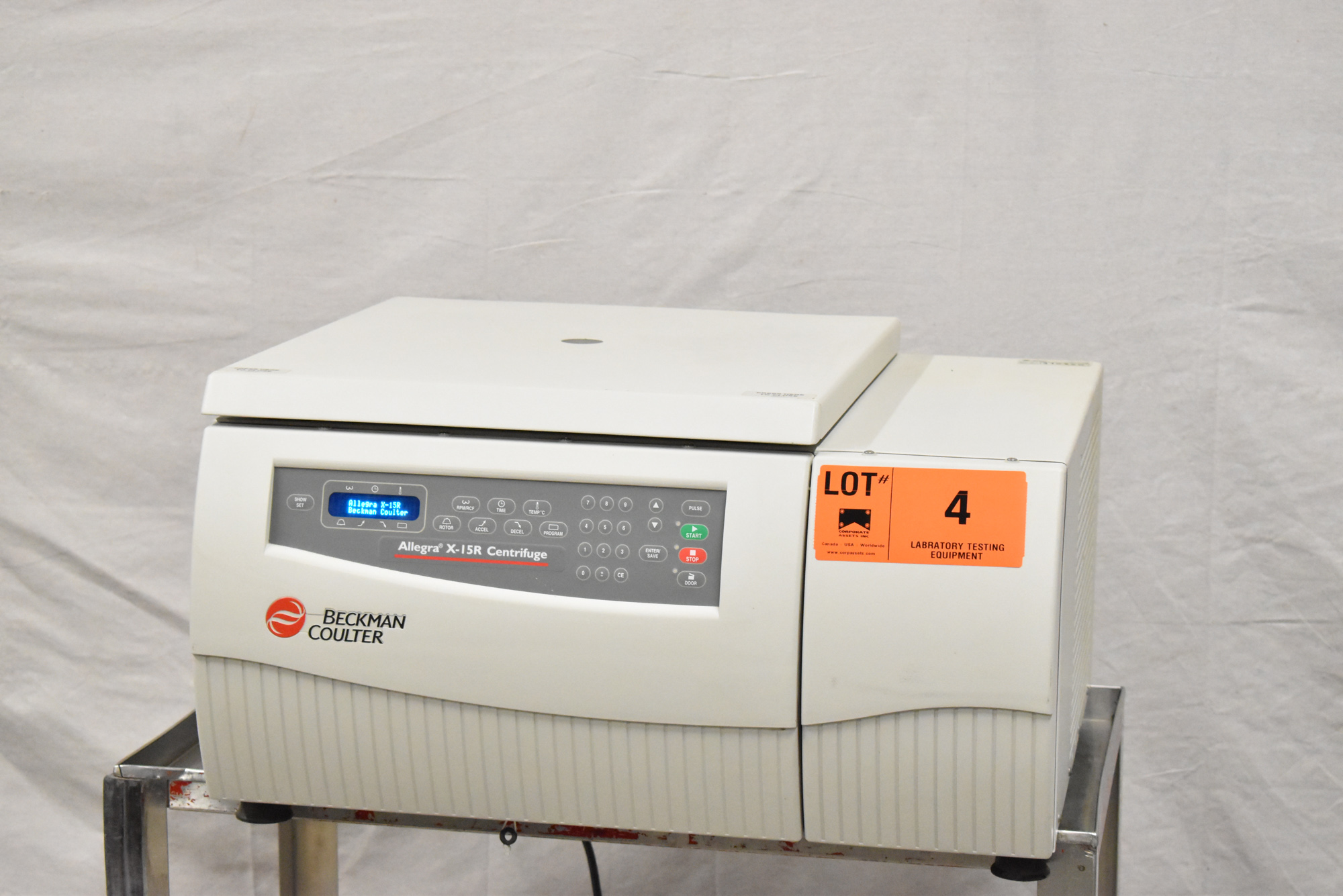 BECKMAN COULTER ALLEGRA X-15R BENCHTOP CENTRIFUGE WITH DIGITAL PROGRAMMABLE MICROPROCESSOR