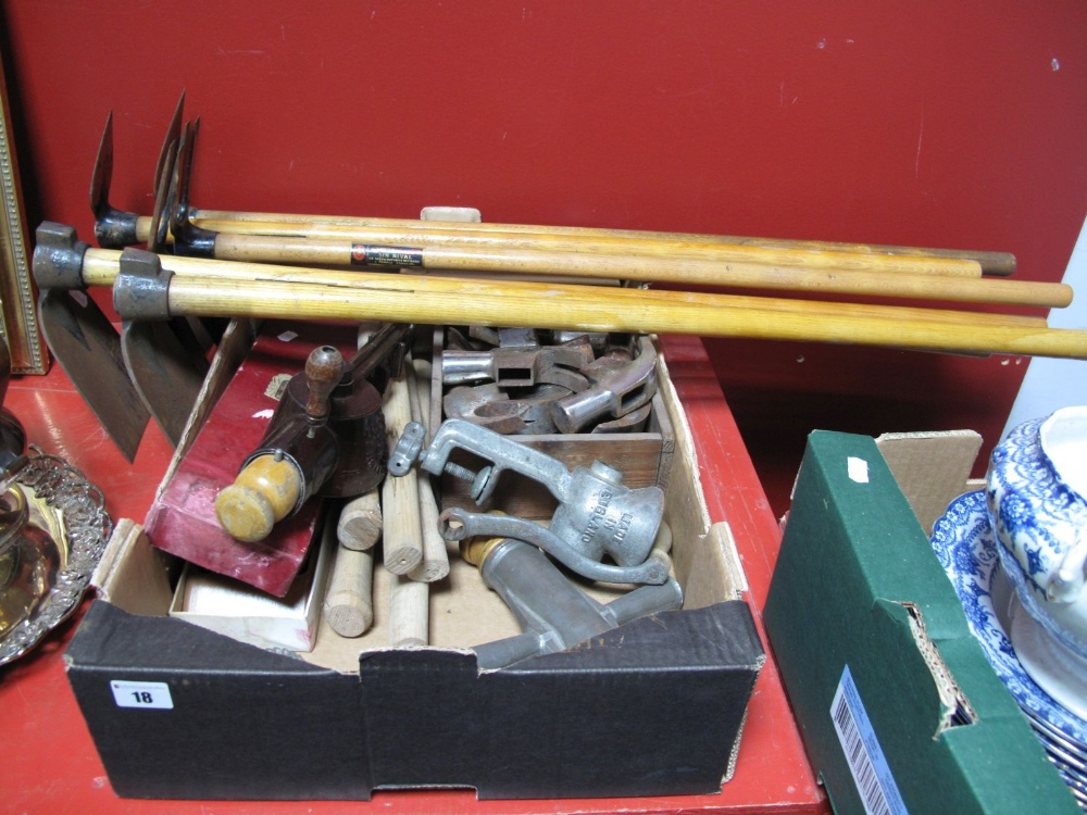 Lot 18 - Loose Cast Steel Hammer Heads, loose wooden hammer handles, garden picks, mincers, etc:- One Box