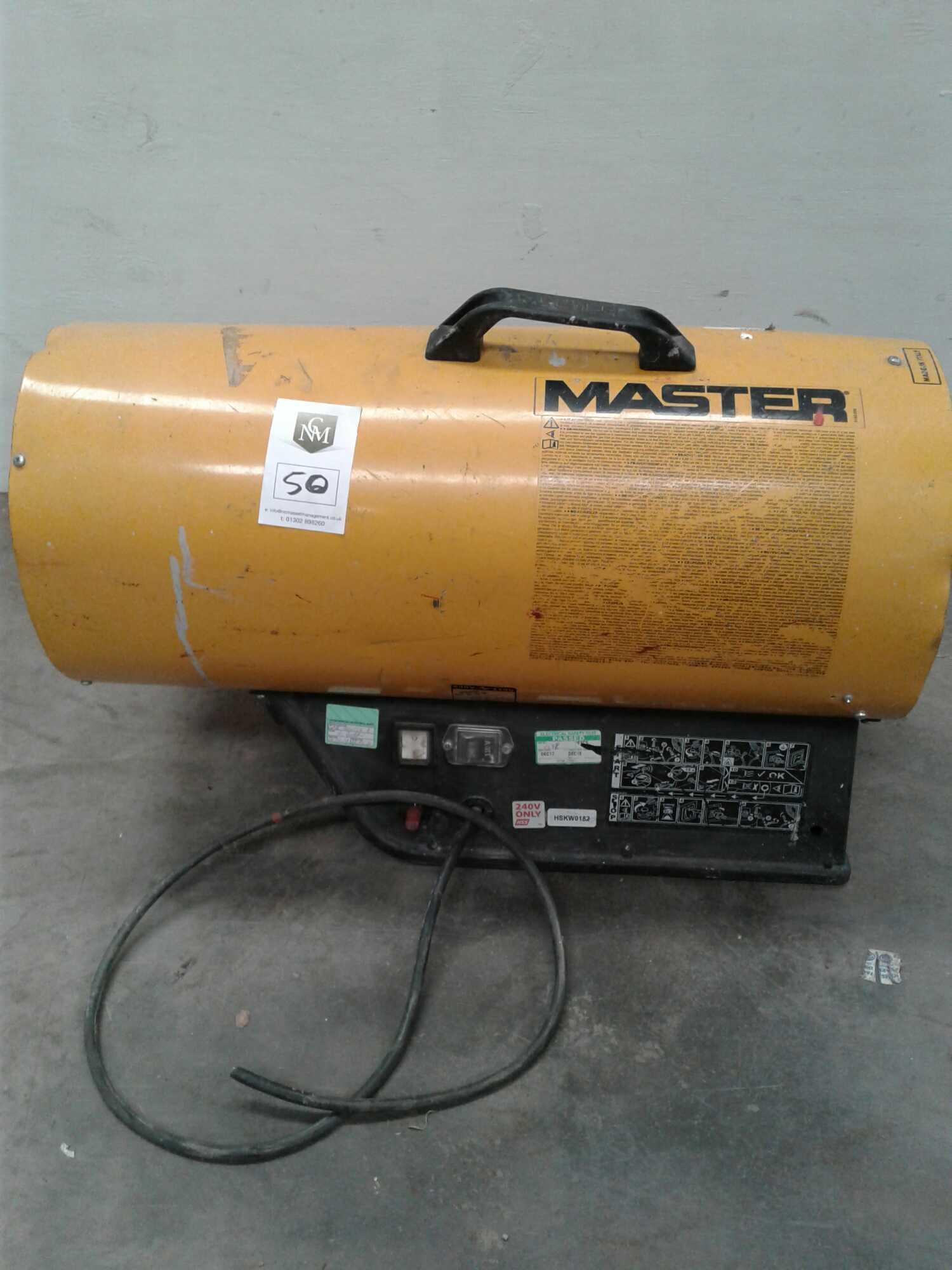 Lot 50 - Master space heater 240 V