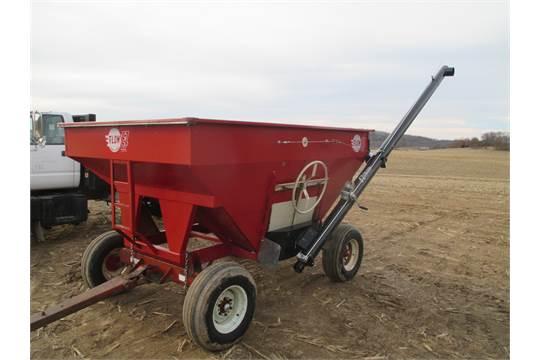 EZ Flow gravity box w/knowles gear & EZ trail Fertilizer auger