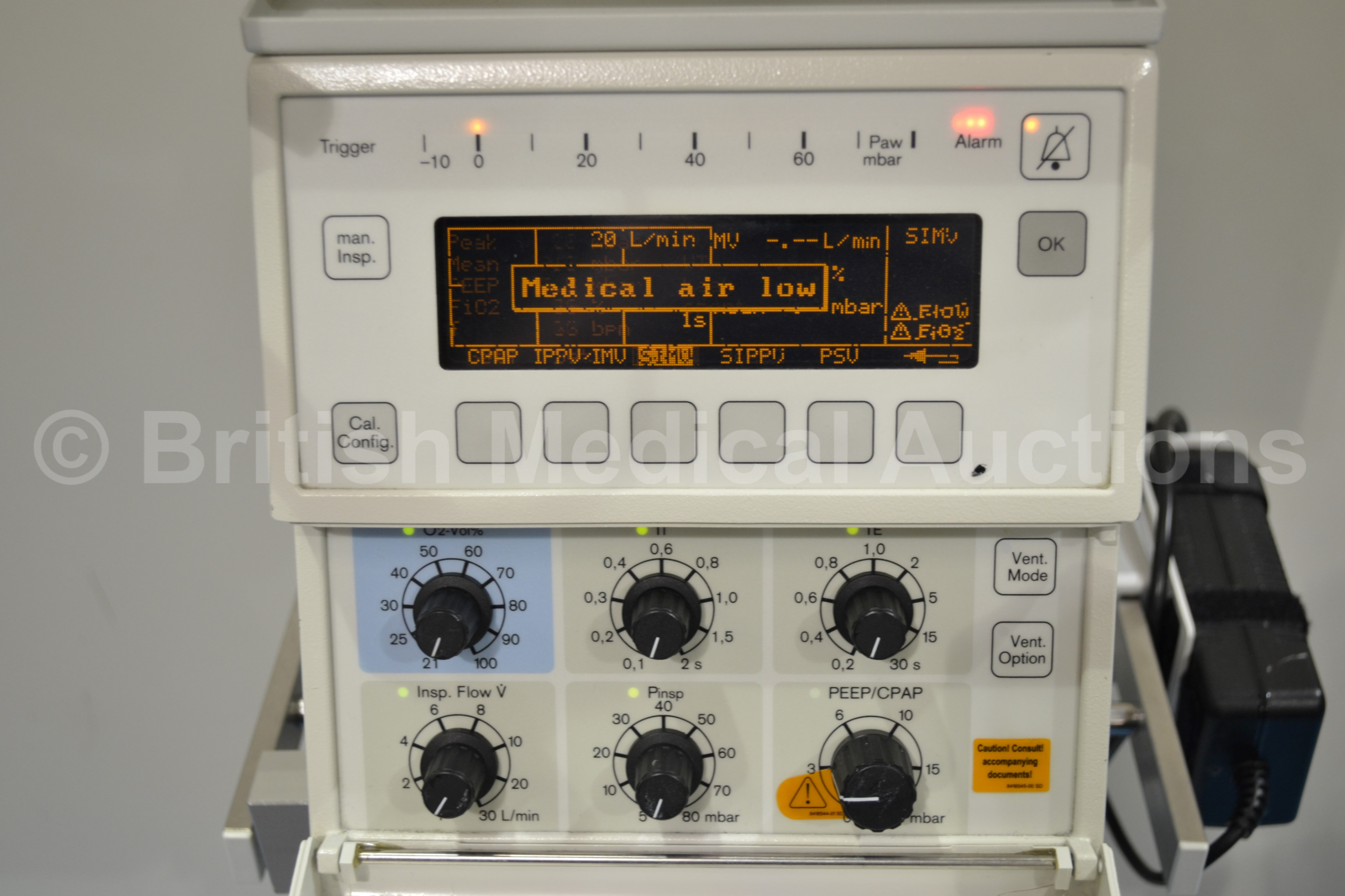Drager Babylog 8000 Plus Ventilator System On Stand With