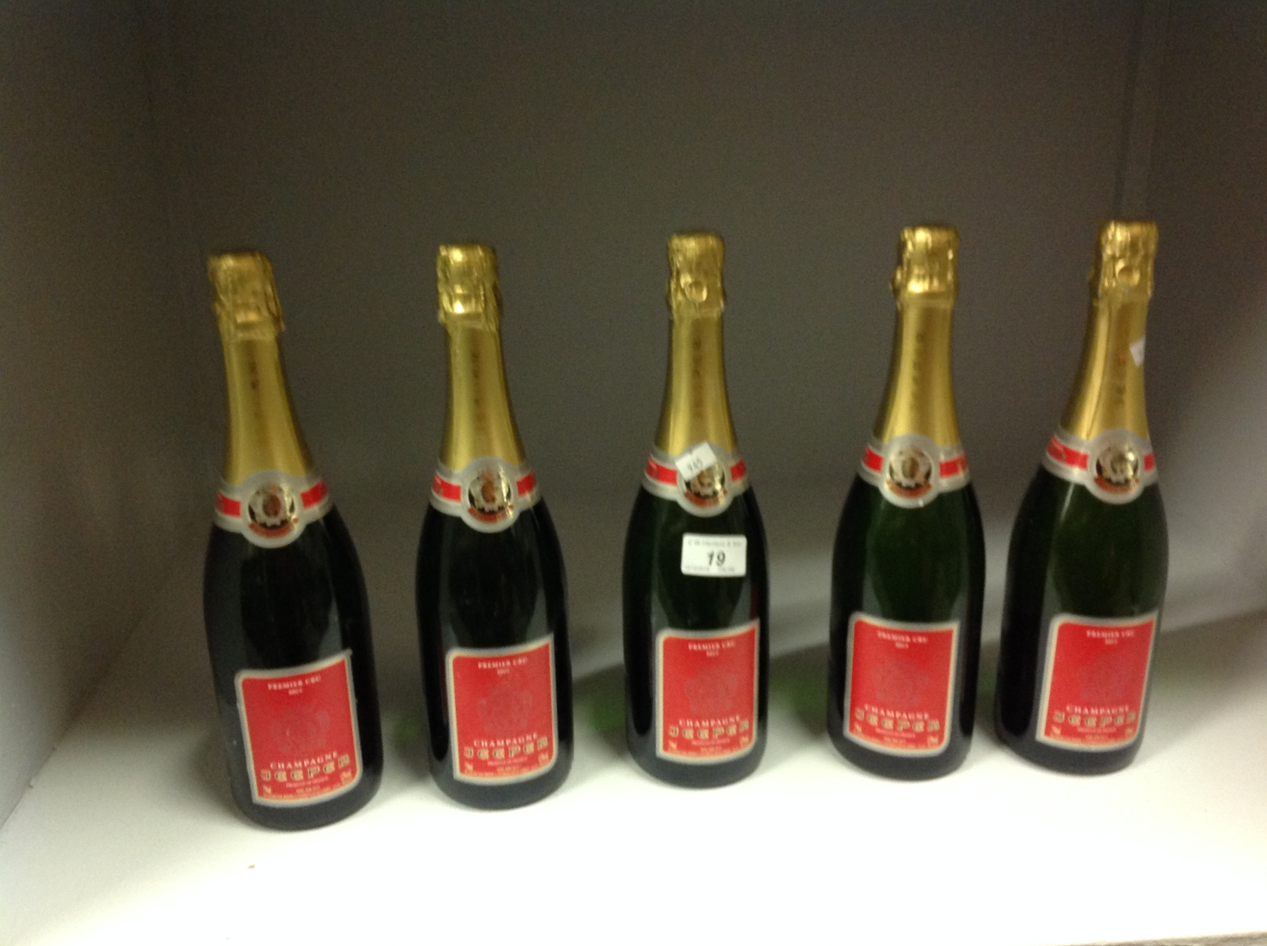 Lot 19 - 5 x 75cl bottles Premier Cru Brut Champa