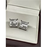 2.00ct PRINCESS CUT DIAMOND EARRINGS SET IN WHITE GOLD