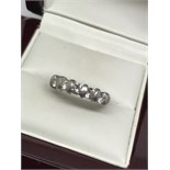1.00ct 7 STONE DIAMOND RING SET IN PLATINUM