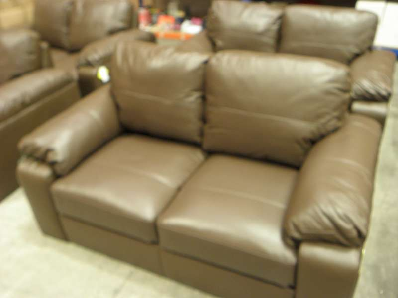 Lot 376  ASHMORE LEATHER 2 SEATER SOFA SIZE L160 X W90 X H86 CM