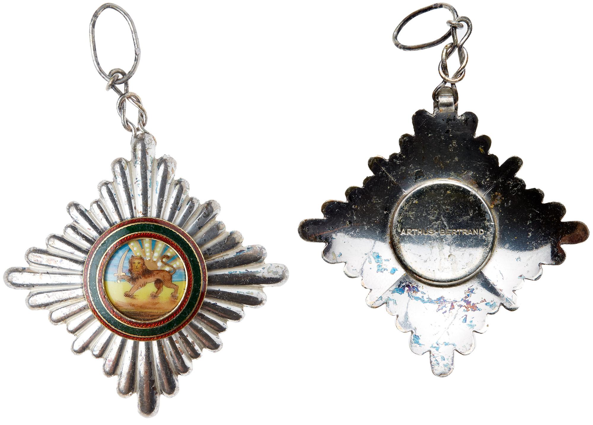 Lot 2207 - Iran. Pahlavi Order of Homayoun Sash Badge/Knight's Badge. In silver, gilt and enamel. 60 mm. Loop
