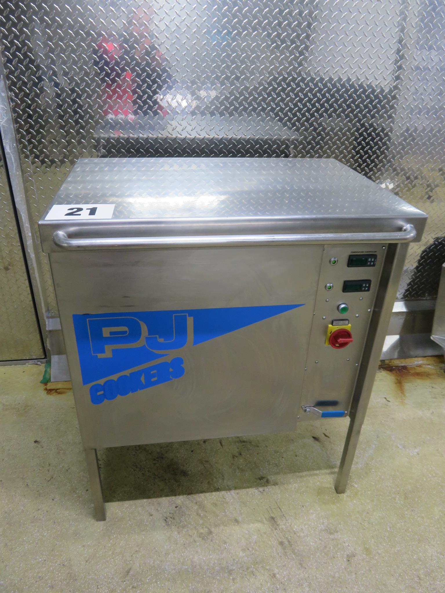 Lot 21 - PJ Cookers Vessel electrically heated. S/s. approx. 30 litre capacity. Lift out £35