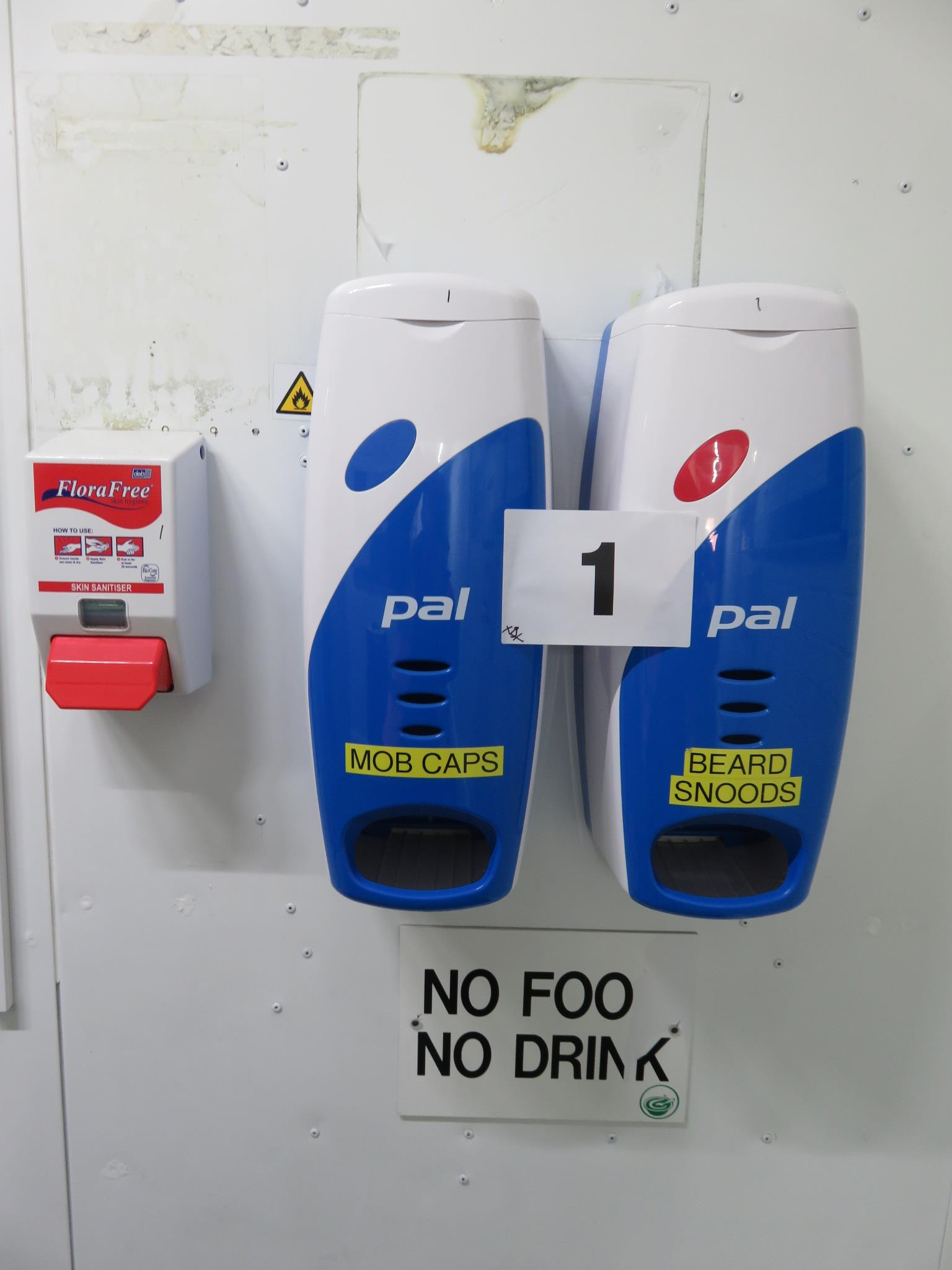 Lot 1 - 2 x PAL Dispensers for hair nets etc., 2 x Sanitisers. All wall mounted. Lift out £5