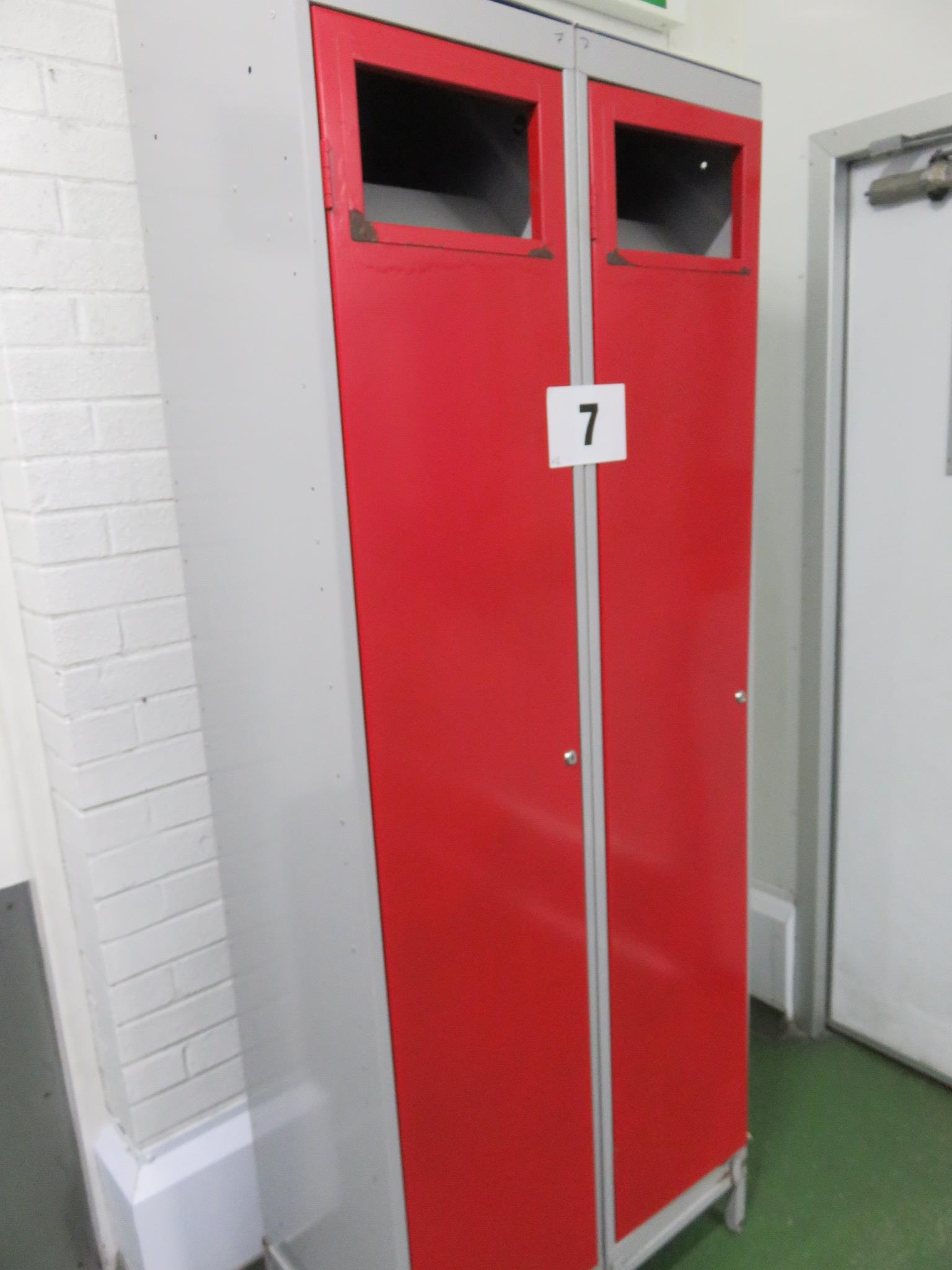 Lot 7 - 2 x Laundry Lockers. Lift out £10