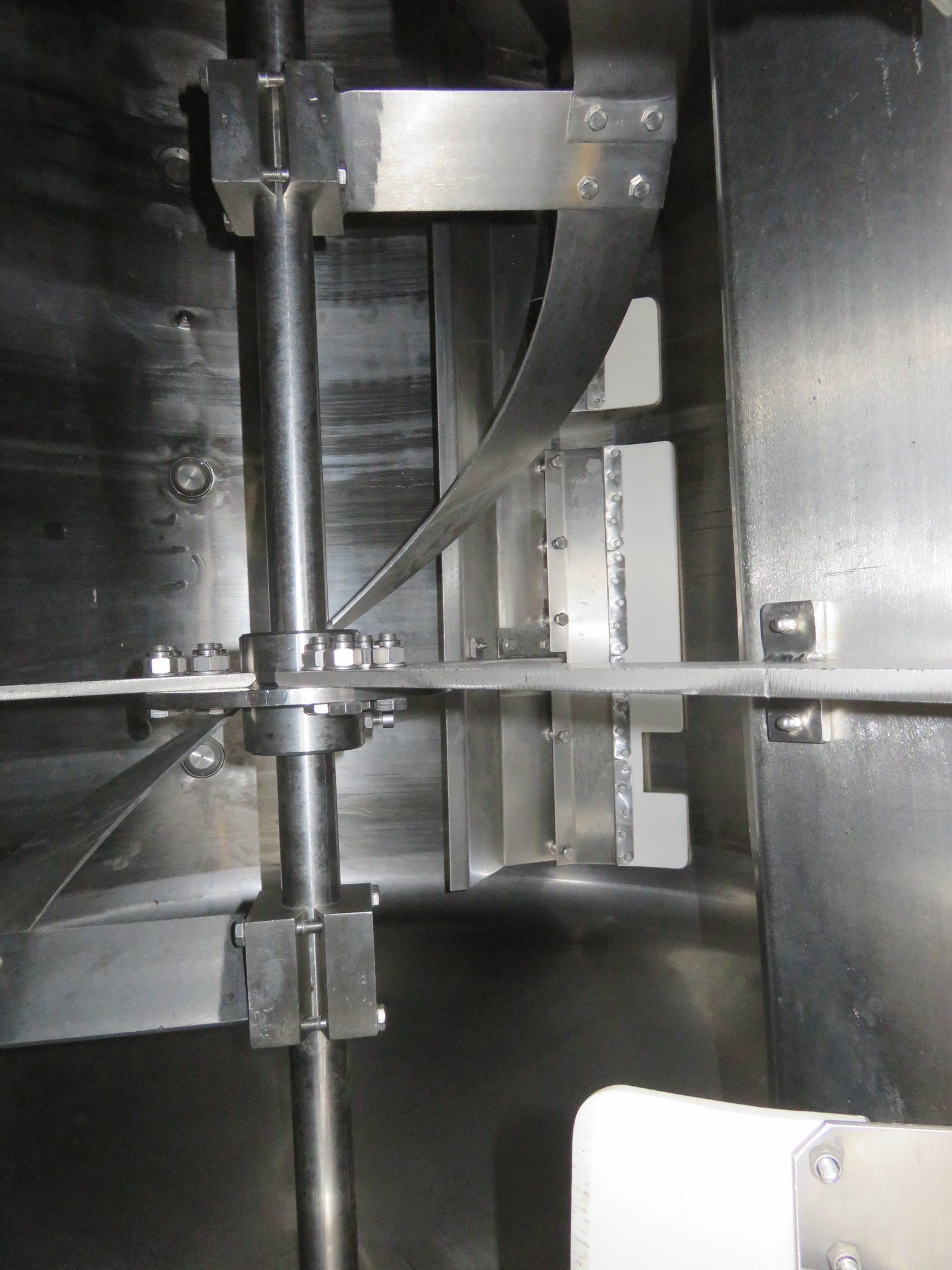 Lot 60 - Complete Soup Plant by Guisti: 3 x Tanks 1200 litre; 1 x Tank 1500 litre (horizonta. Lift out £1,920