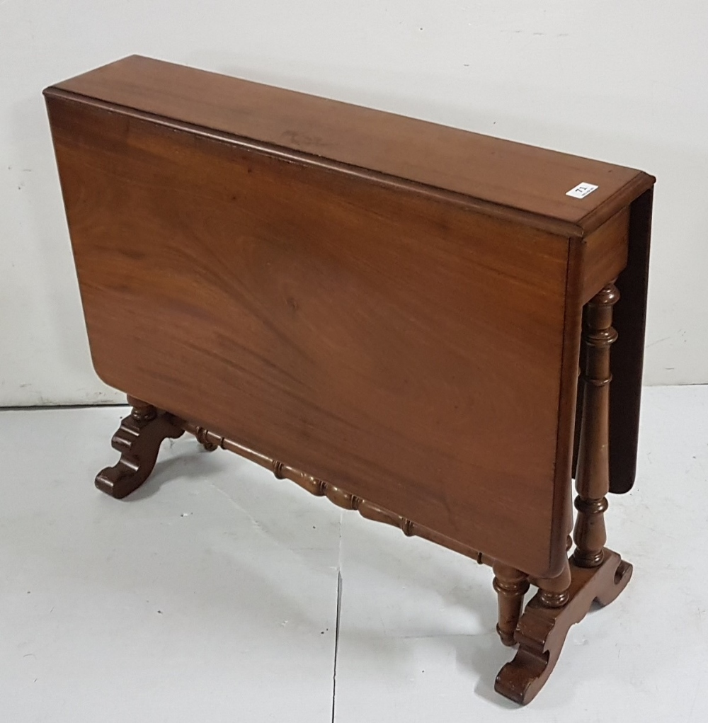 Lot 7 - Victorian Sutherland Table, on turned legs, with drop leaves (numbered 29353 at the base), 4