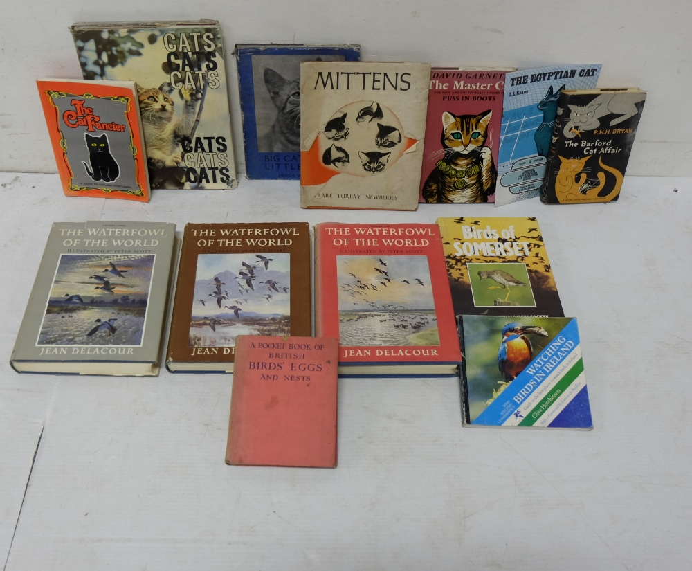 Lot 29 - 7 Books relating to Cats & 4 Books relating to Birds (see list)